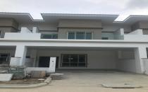 Double Storey Terrace House at Jangsak