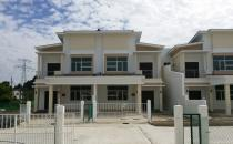 Double Storey Terrace House at Selayun