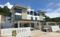 Kiarong 3-storey semi detached 6R 390k